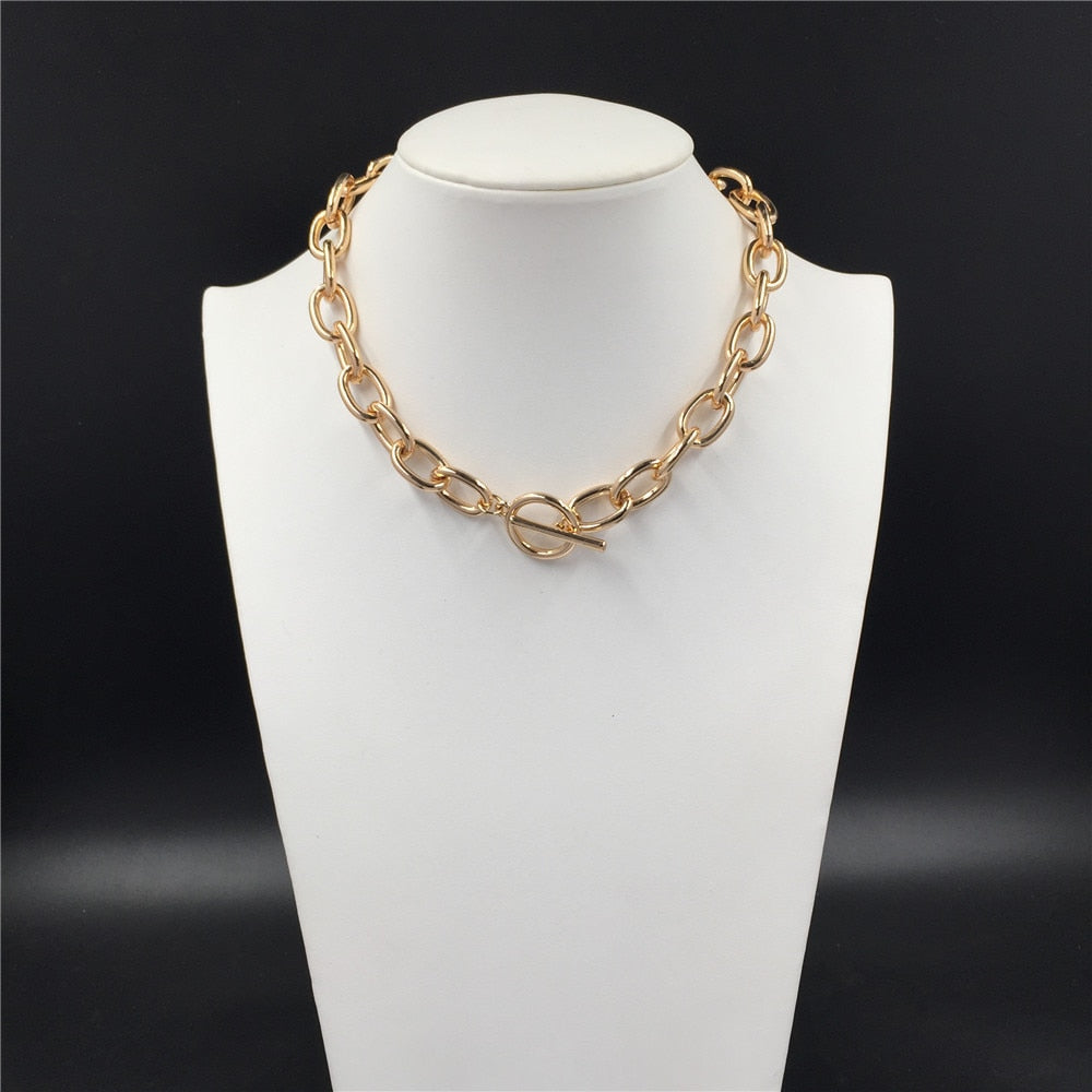 Causal Gold Color Plating T bar O bar No Extension Chain Choker Necklace
