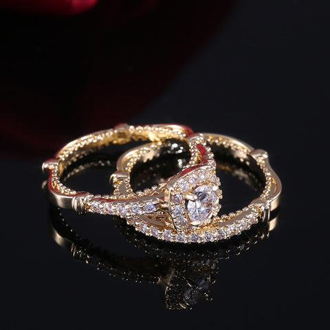 Luxury Luxury Golden Color Micro Paved Solitaire Engagement Rings