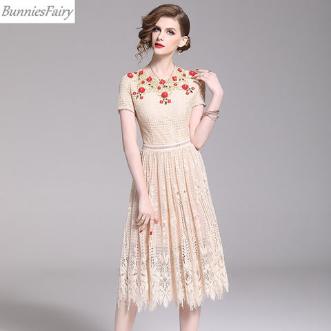 Sweet Princess Elegant Heavy Industry Hand Made Beading Flower Embroidery Apricot Lace Midi Dress