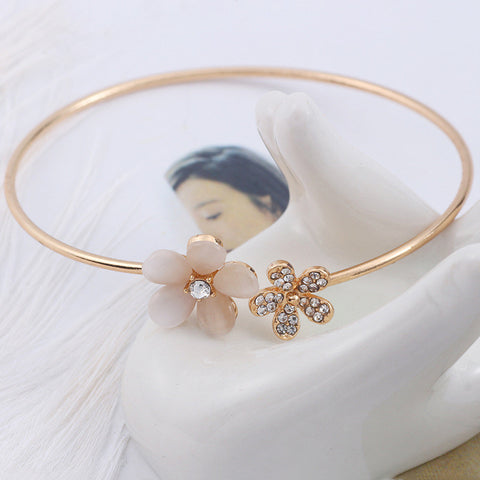 Classic Luxury Crystal Double Five Leaf Indian Flower Cuff Bracelet Bangle