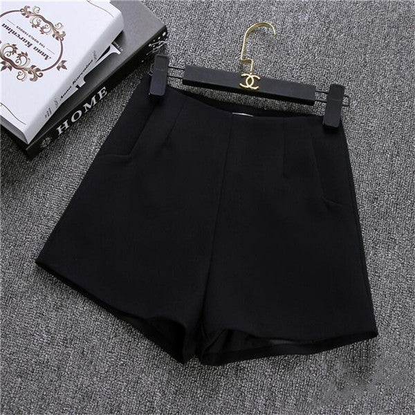 Casual High Waist Black White Short