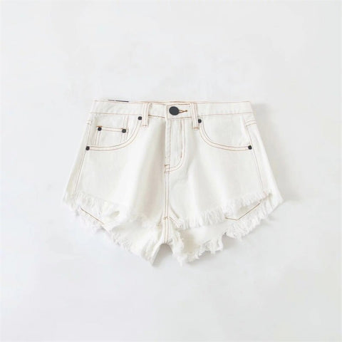 Contrast stitching Petite Mid Rise With Raw Hem In White Short Denim