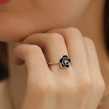 Flower Gothic with Black Stainless Steel Ring