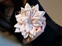 Charming Diamonds Floral Ring Handbag