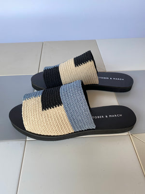 COLOR BLOCK SANDALS/blue