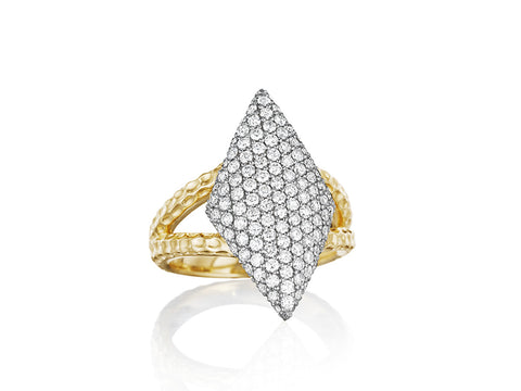 Contrast Triangle Ring
