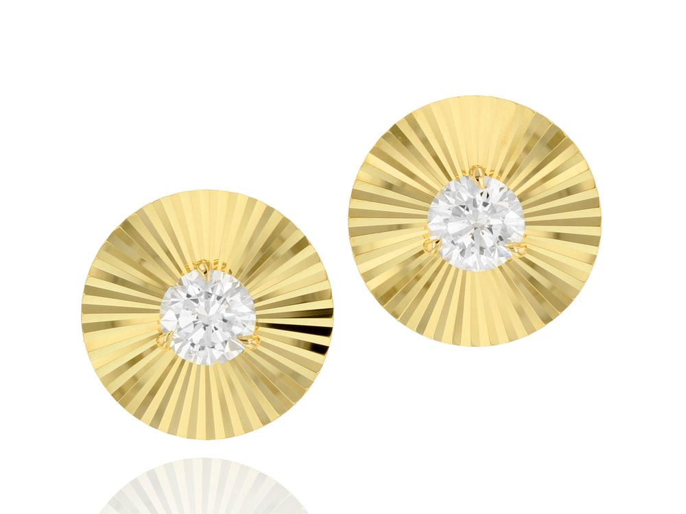 Solitaire Diamond Aura Stud Earrings