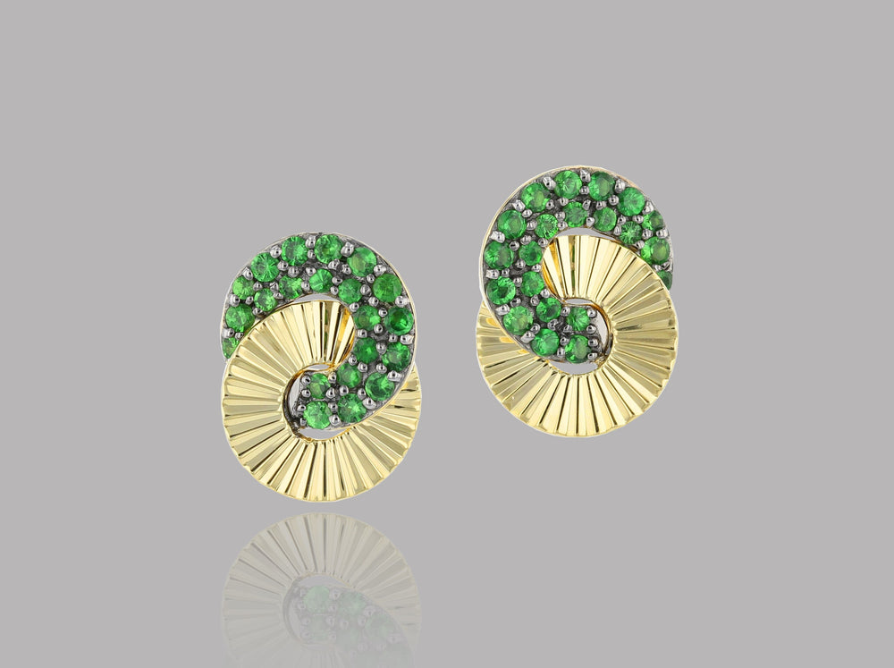 Tsavorite Mini Interlocking Aura Stud Earrings