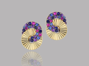 Load image into Gallery viewer, Dusk Mini Interlocking Aura Stud Earrings