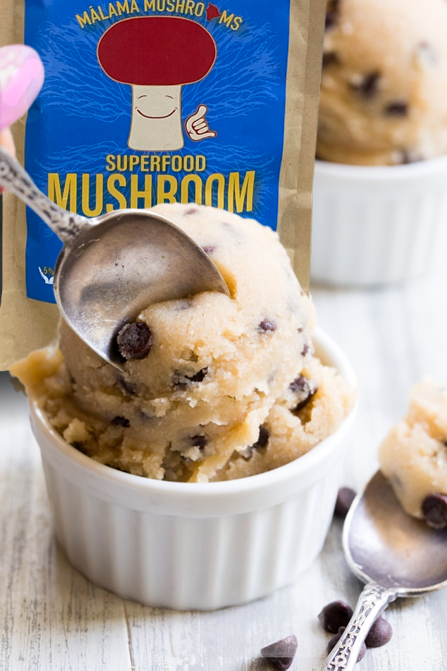 Superfood Mushroom Cookie Dough (GF, Vegan)