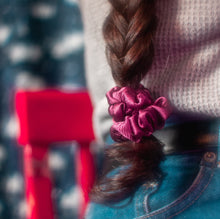 Load image into Gallery viewer, Mini Maroon Scrunchie Set
