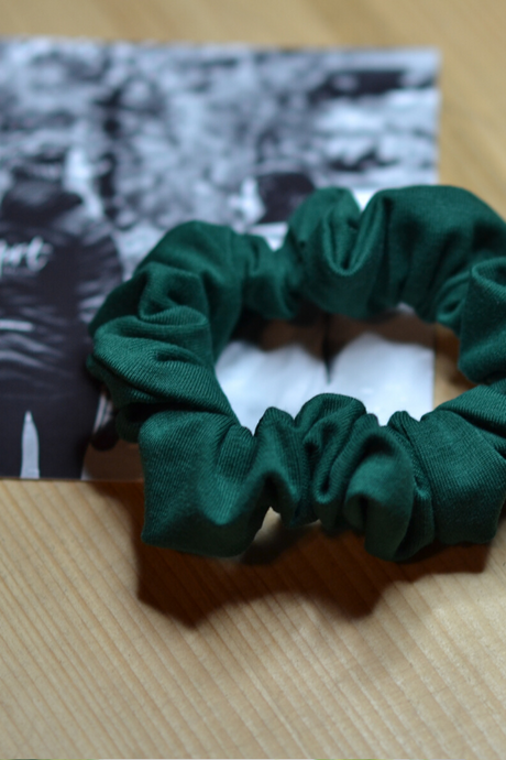 Scrunchie - Forest green