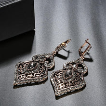 Load image into Gallery viewer, Regency Grey Crystal Drop Earrings
