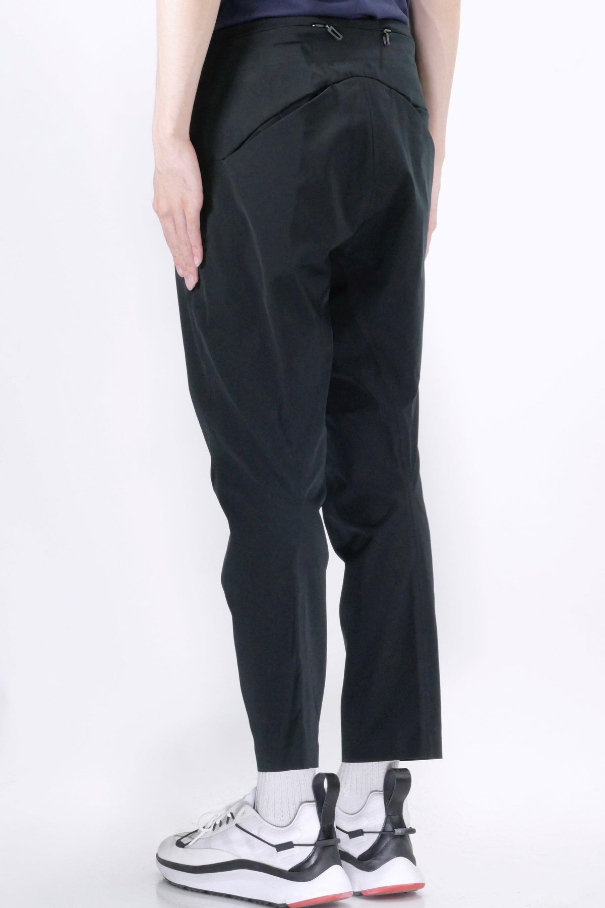Descente Tapered High Waist Pants Black