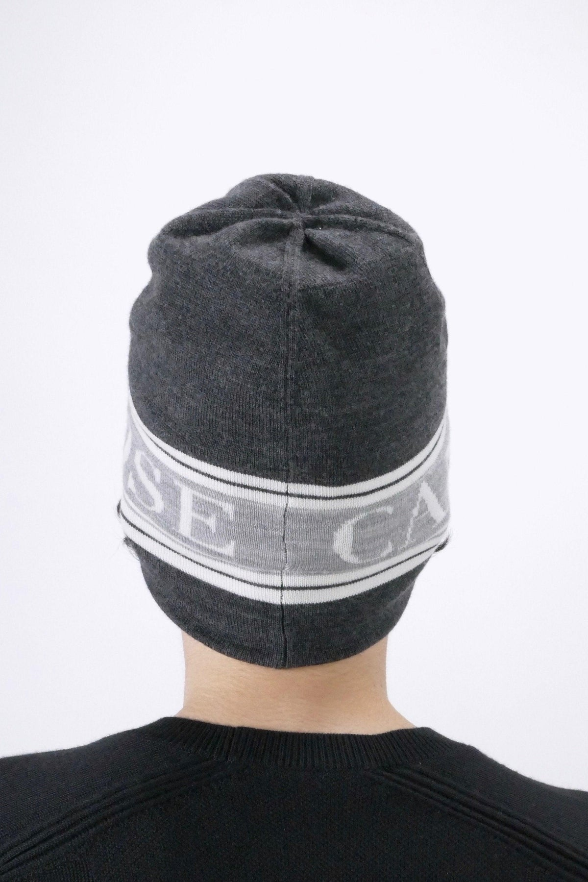 Canada Goose Mens Winter Accessories - Hats - Training Beanie - Iron Grey