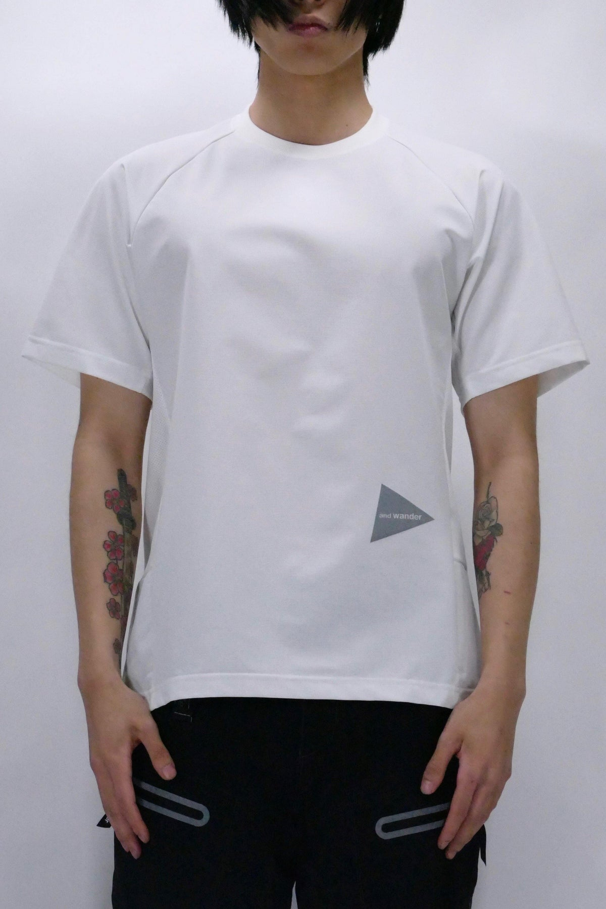 and wander Hybrid Base Layer Tee - White