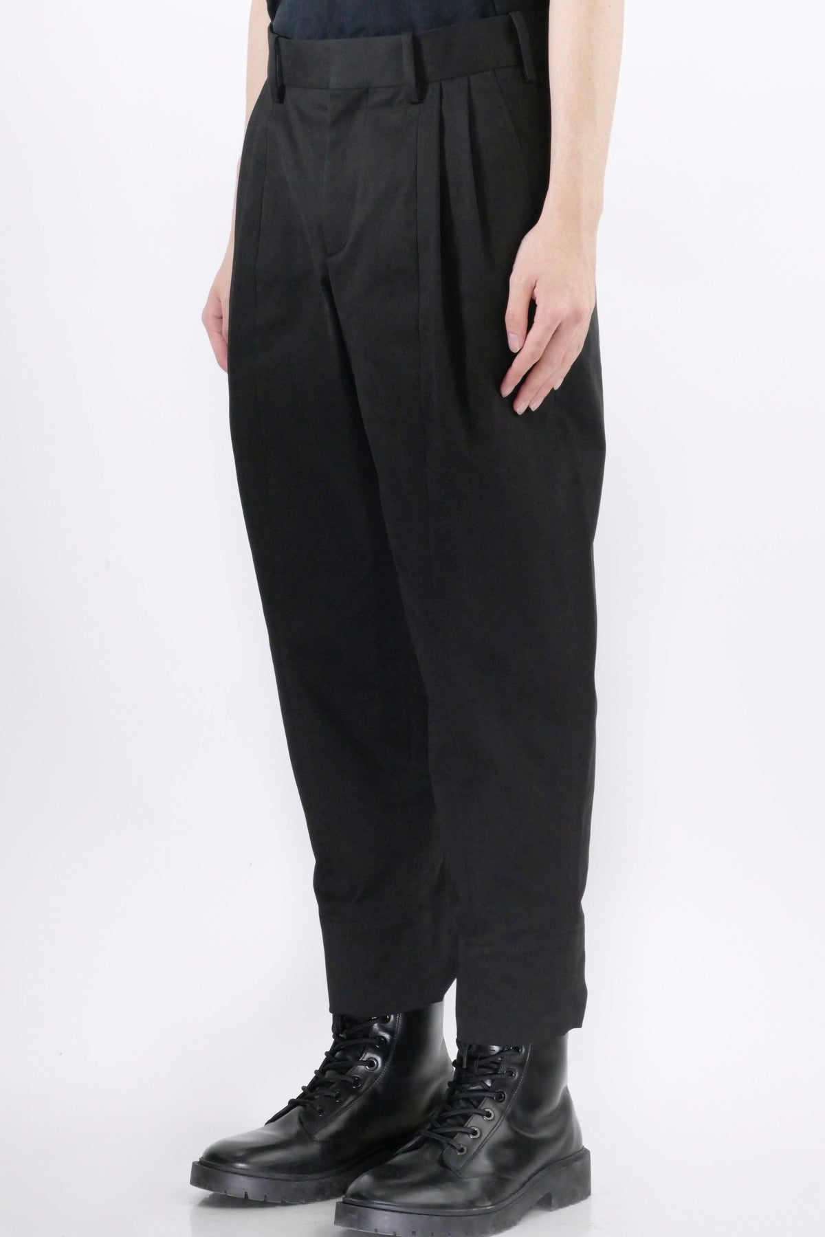 Neil Barrett 2 Pleat Trousers Black