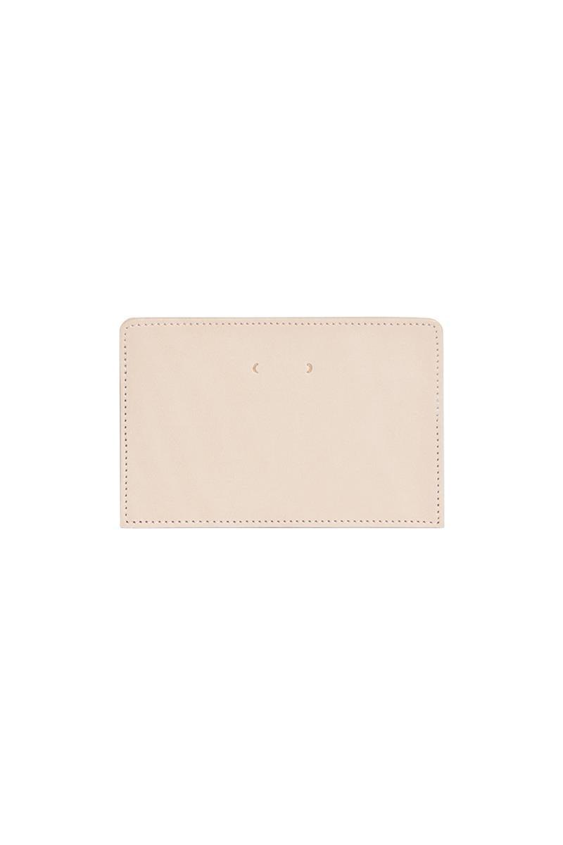 PB 0110 CM 42 Card Case Natural