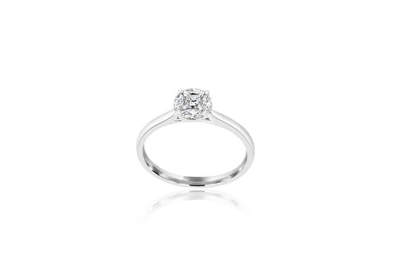 18K White Gold Cluster Diamond Ring