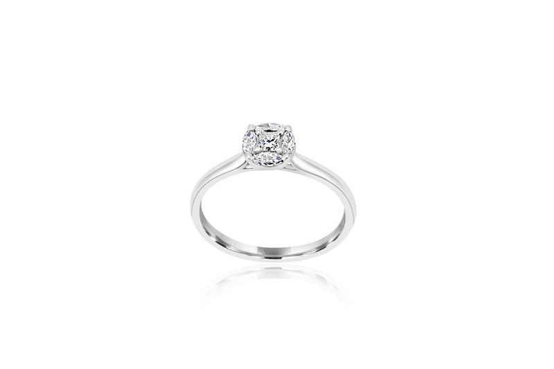 9k White Gold Cluster Diamond Ring