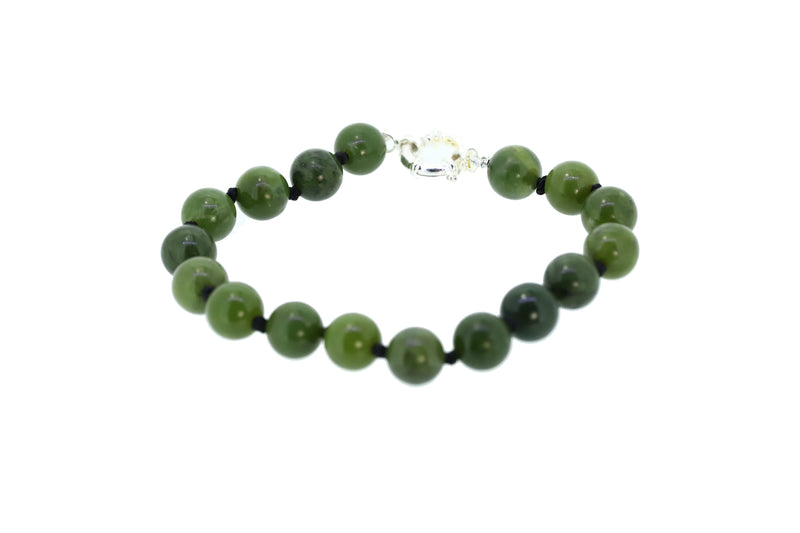 NZ greenstone 8mm beads bracelet with silver clasp 19cm