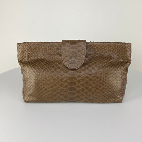NELLY POUCH BAG, COCOA EXOTIC