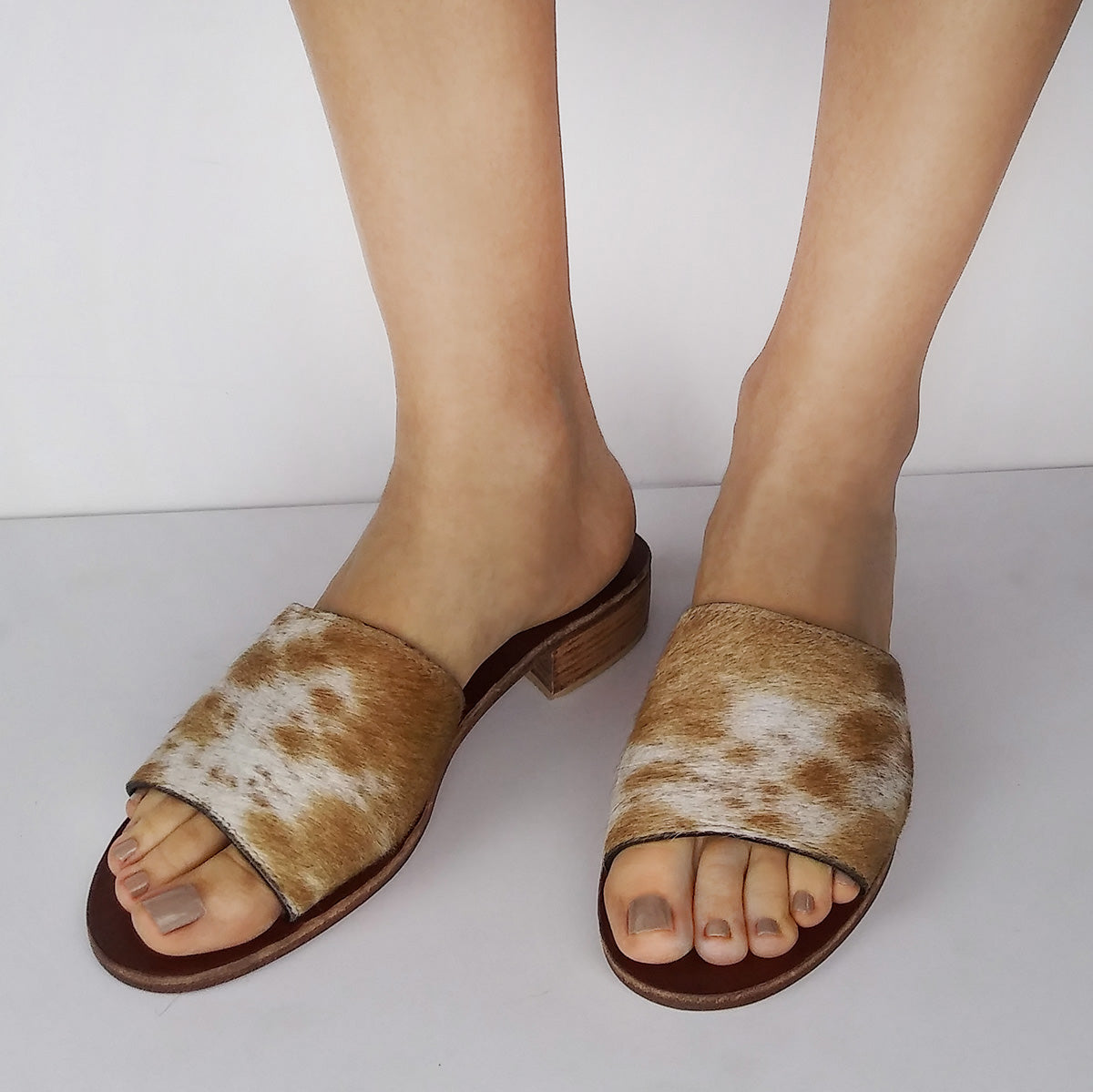 Natural Calf Hair, Tan & White Slide Sandals. Size Available 9. [NEW: NON-SLIP & SOLE PROTECTOR]