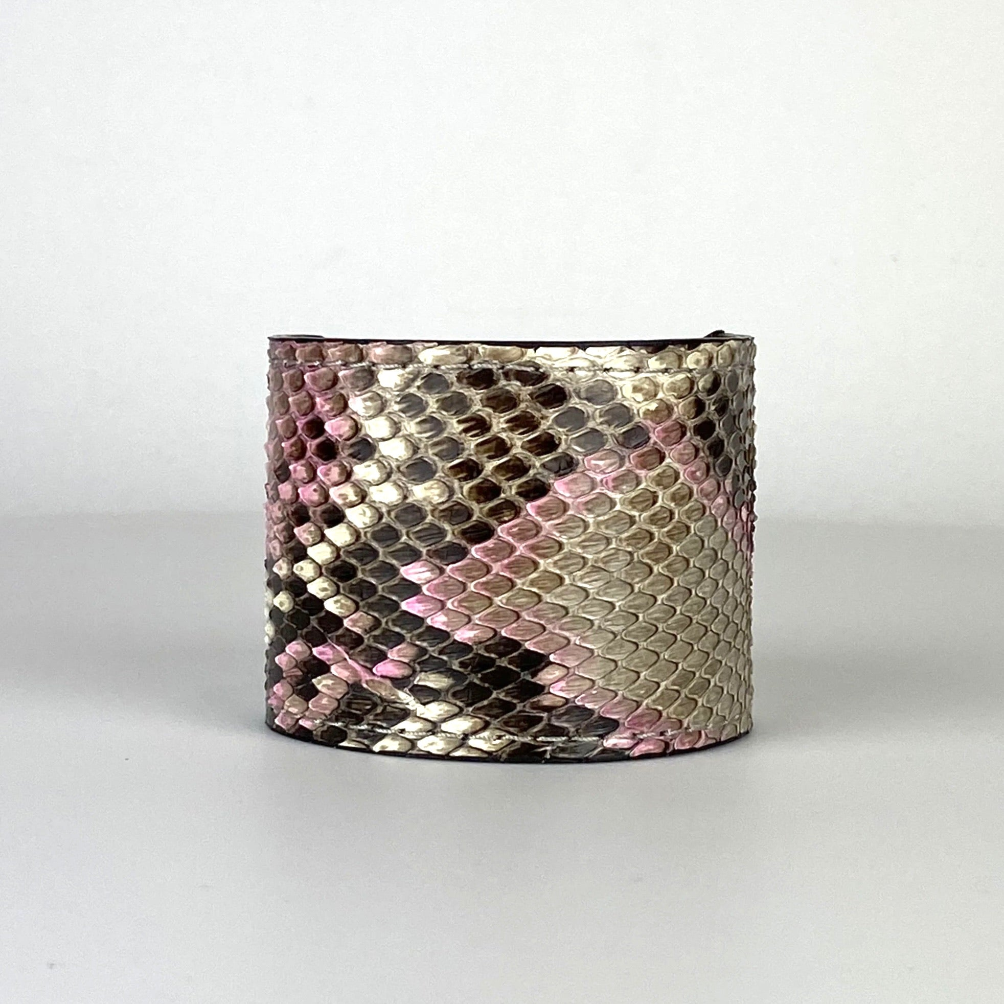 PASTELS SNAKESKIN CUFF S/M ADJUSTABLE