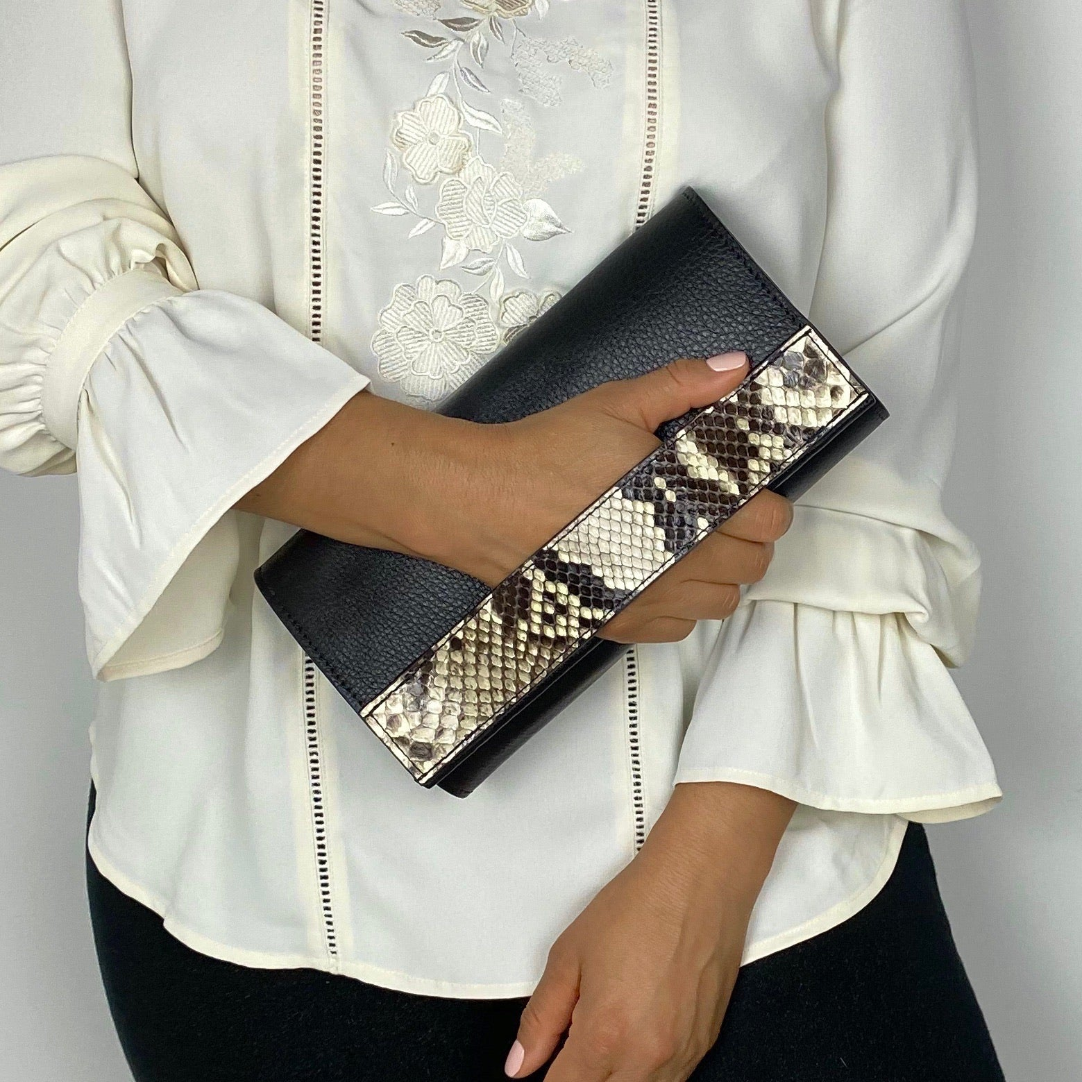 LISA HAND-BAG, BLACK & WHITE GENUINE LEATHER & SNAKESKIN