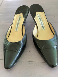 Manolo Blahnik black leather mules 36.5 made in Italy