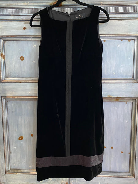 Etro little black velvet cocktail dress size 42 made in Italy