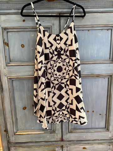 Alice & Olivia silky black and. white abstract print dress size XS/TP