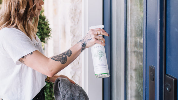 how to clean windows without smudges