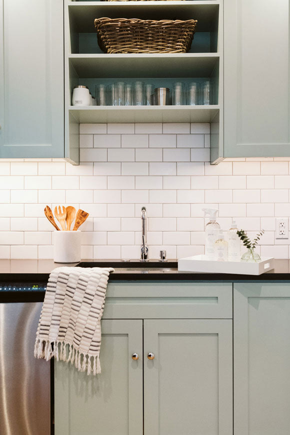 Natural Ways to Clean Your Kitchen