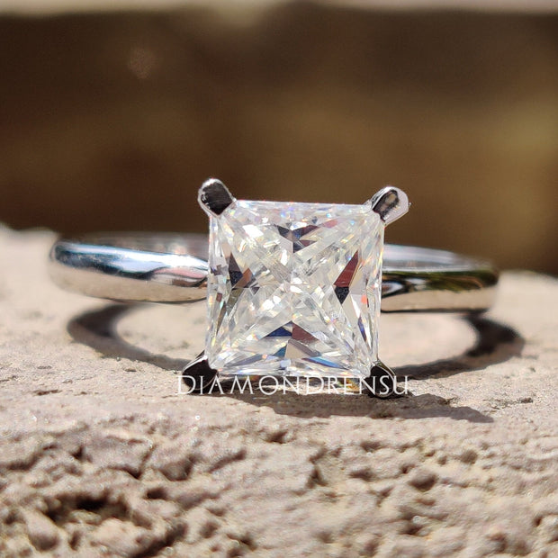 princess cut moissanite - diamondrensu