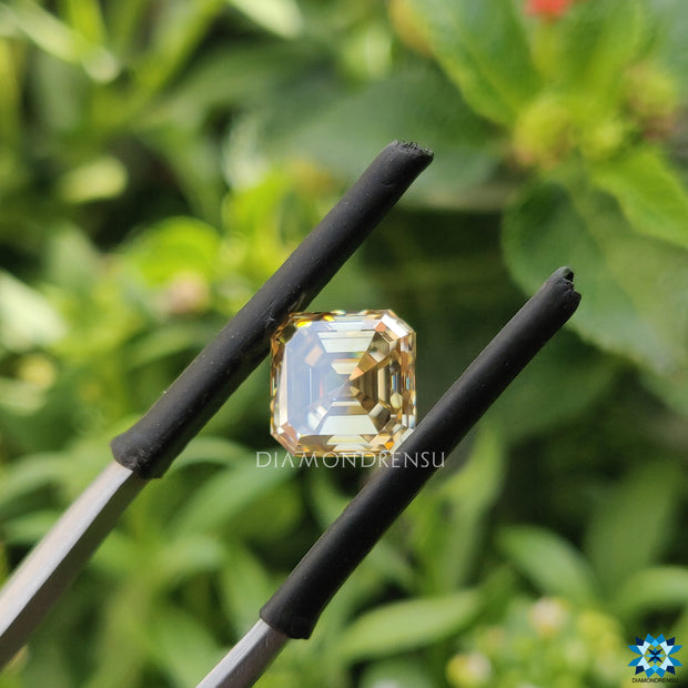 fancy colored moissanite - diamondrensu