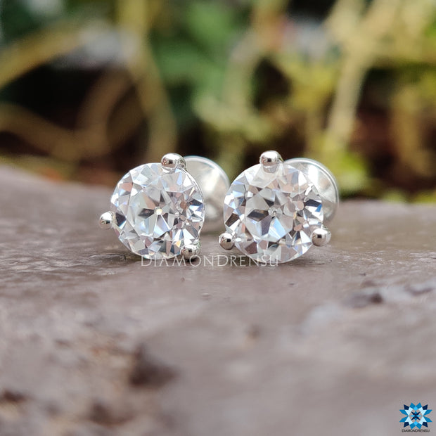 round brilliant cut moissanite - diamondrensu