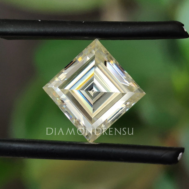 carre cut moissanite