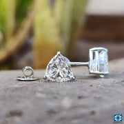 trillion cut moissanite - diamondrensu