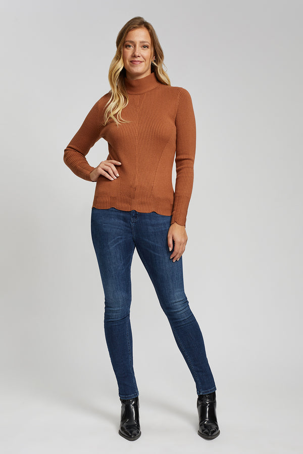 Turtleneck with Scallop Hems