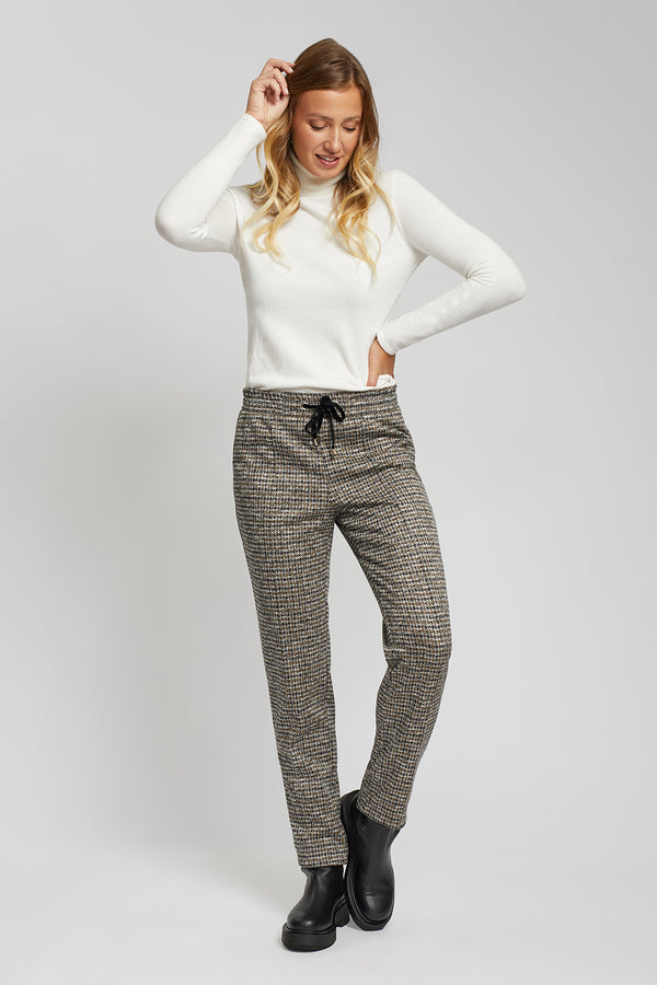 Knit Drawstring Waist Pants
