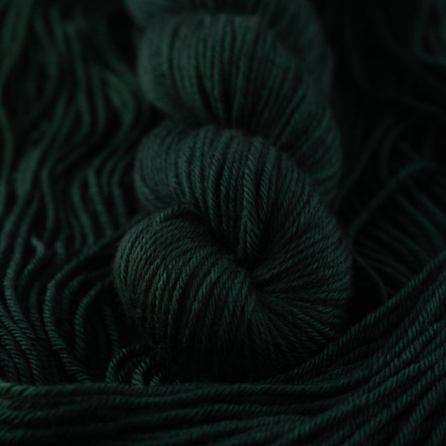 Chris's Pine Green (Merino Aran)