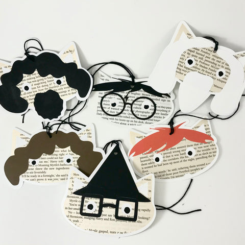 6 Harry Potter themed cat shaped gift tags are displayed on a white background.