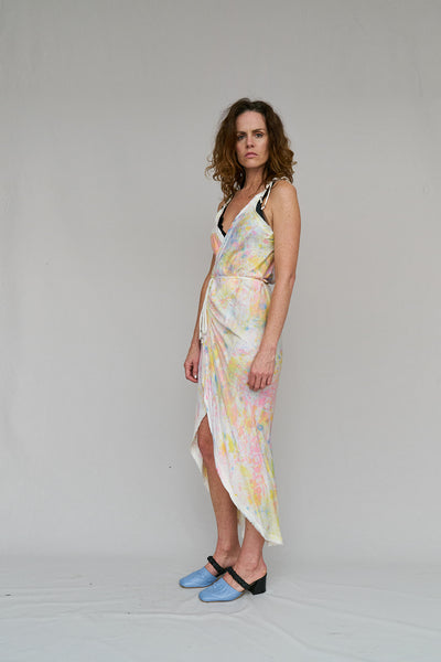 WRAP,  VISCOSE,  SUMMER,  ROMANCE,  RAW BIAS EDGING,  PROVOKE,  LOUNGE, PARTY,  HAND PAINTED,  END OF RUN,  DRESS,  COMFORTABLE,  BIAS CUT,  ARTIST