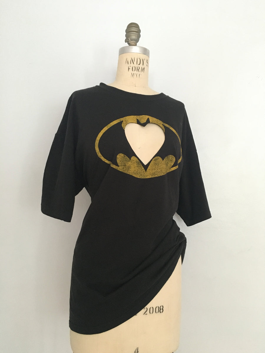 Batman heart cut-out tee