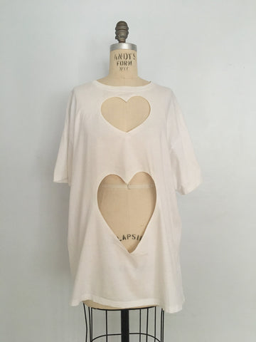SARAH APHRODITE OVERSIZED DOUBLE HEART CUT-OUT TEE