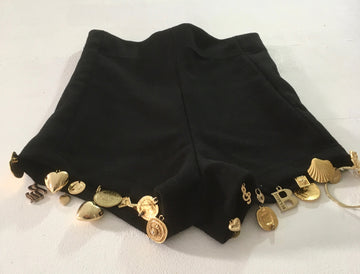 wool knit shorts w/ gold charms