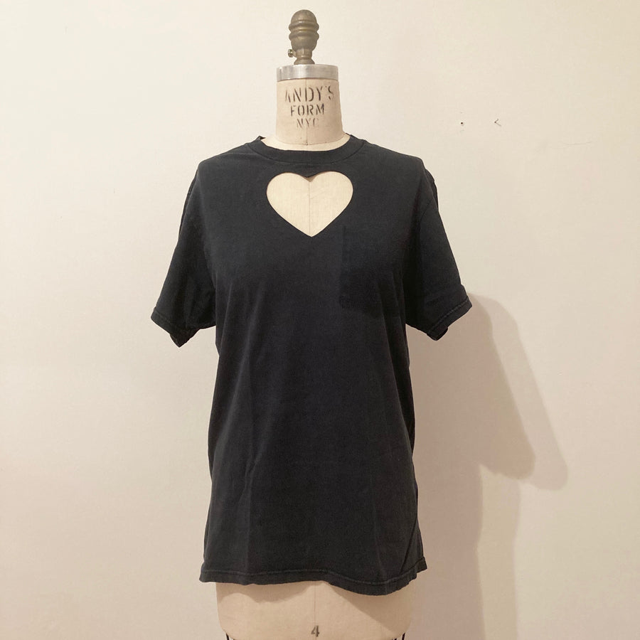 SARAH APHRODITE WASHED GREY HEART CUT-OUT TEE