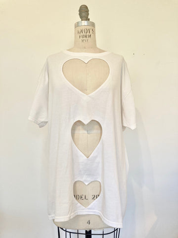 SARAH APHRODITE OVERSIZED TRIPLE HEART CUT-OUT TEE