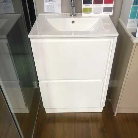 Garry Floorstanding vanity with ceramic top